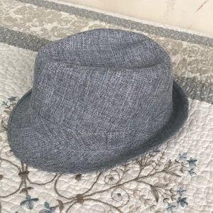 Grey fedora/trilby hat